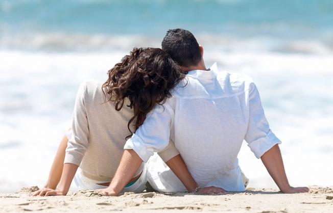 5_motivos-dia_dos_namorados-praia_do_rosa-hostel-albergue_explorer