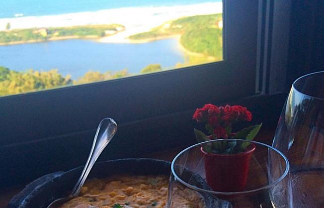 5_motivos-gastronomia-praia_do_rosa-hostel-albergue_explorer