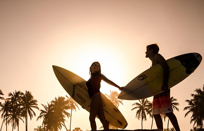 5_motivos-romanticos_radicais-praia_do_rosa-hostel-albergue_explorer