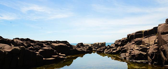 praia_do_rosa-verao-piscinas_naturais-trilhas-hostel-albergue_explorer