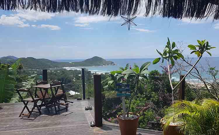 Dicas-de-hospedagem-viagem_em_grupo-praia_do_rosa-hostel-albergue_explorer