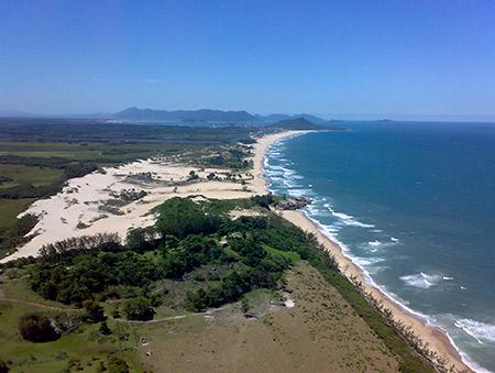 praia_de_garopaba-sc-brasil-hostel-albergue_explorer