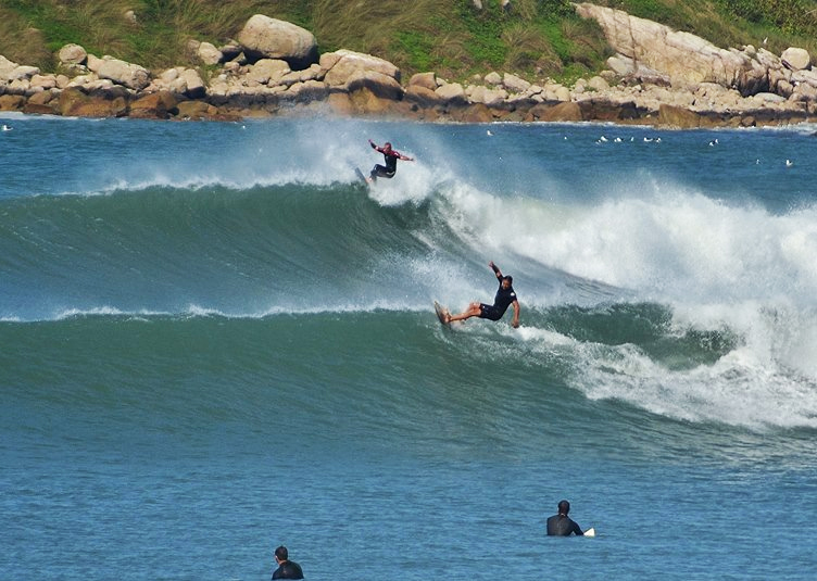surfe-praia_da_silveira-praia_do_rosa-imbituba-santa_catarina