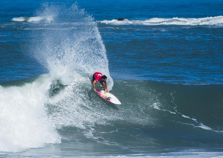 surfe-praia_da_vila-praia_do_rosa-imbituba-santa_catarina